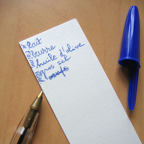 industry-marketing-news-list-and-ballpen-cap