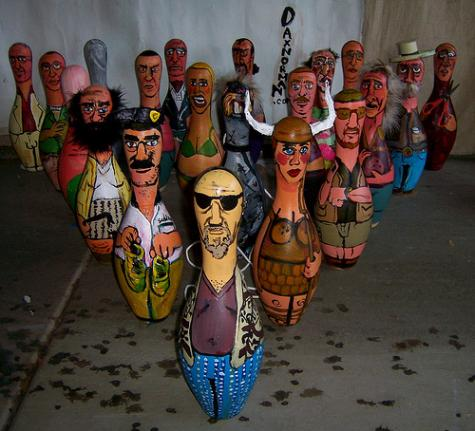 merchandise-industry-news-big-lebowski-bowling-pins