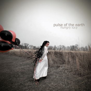 cd-cover-pulse-of-the-earth-hungry-lucy