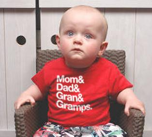 creative_shirt_helvetica_baby