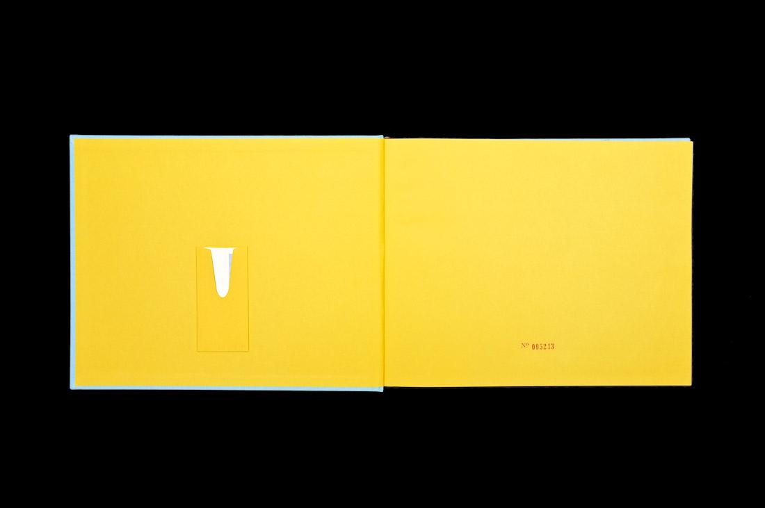 CD Packaging: Sigur Rós – Með Suð book