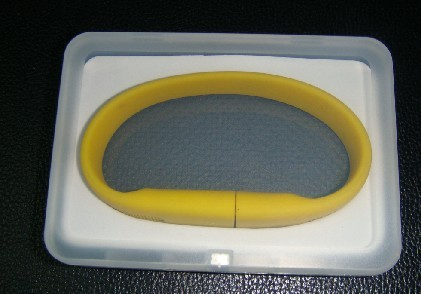 Plastic USB bracelet case