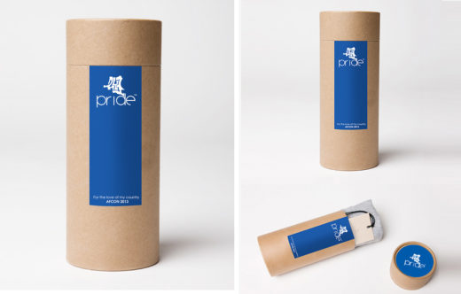 Tubular t-shirt packaging cardboard