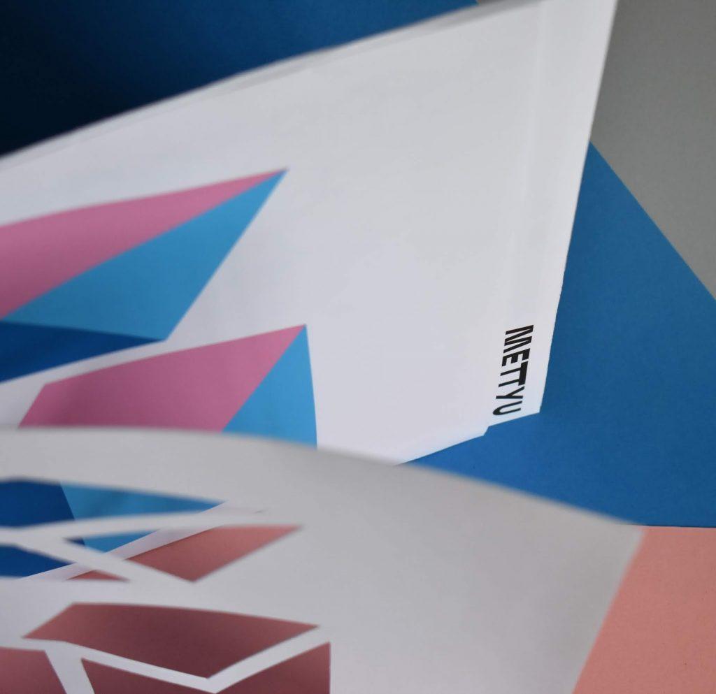 Vinyl Packaging: METTYU artwork