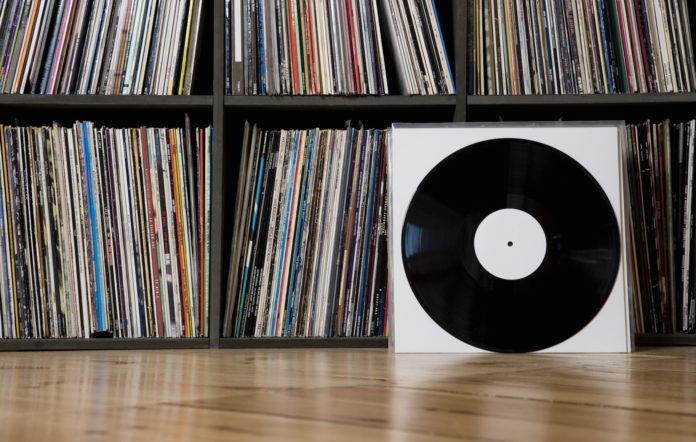 custom vinyl records, Are Vinyl Records Making a Comeback?