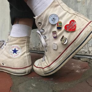 sneakers patch button merch