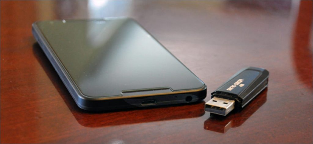 USB Flash Drive, 5 Reasons to Put Your Portfolio in a USB Flash Drive Instead of a DVD