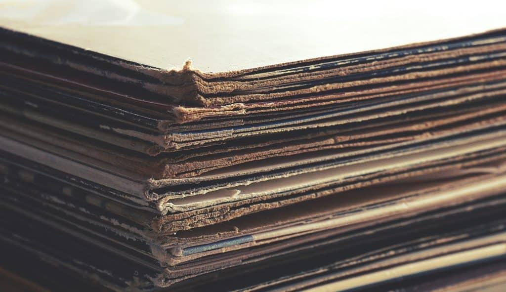 short run vinyl pressing, How long does a custom vinyl record last?