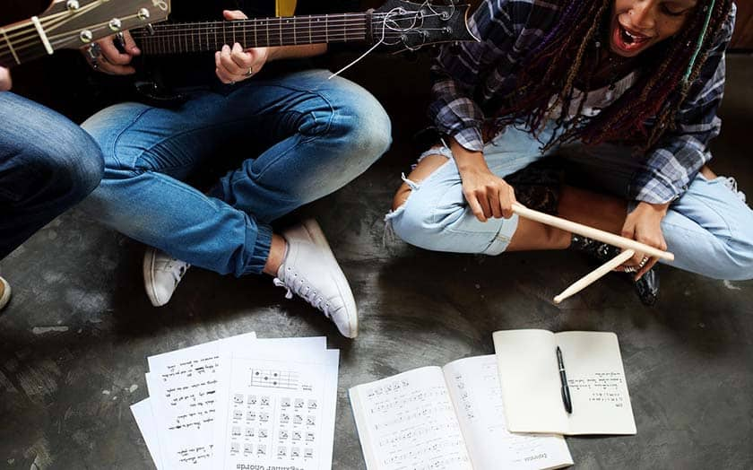 , 7 Ways to Collaborate with Musicians (and some golden tips on how to do it right)